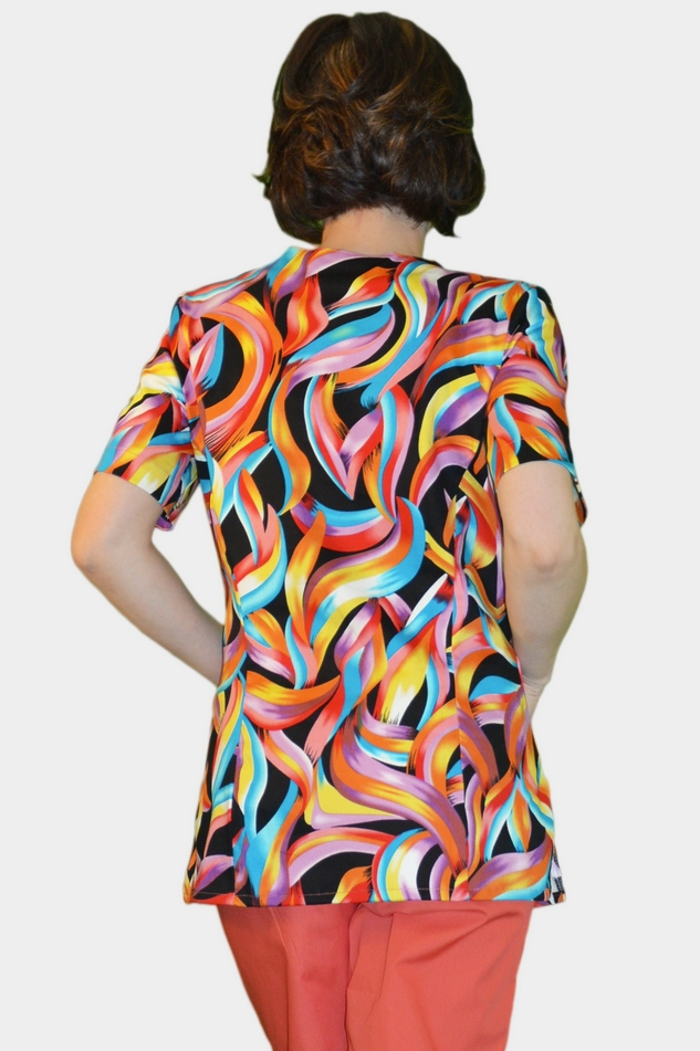 Женские костюмы цветные с доставкой